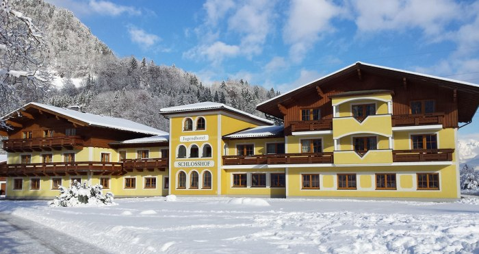 ss-m-ski-hotel-austria-salzburger-sportwelt-jugendhotel-schlosshof