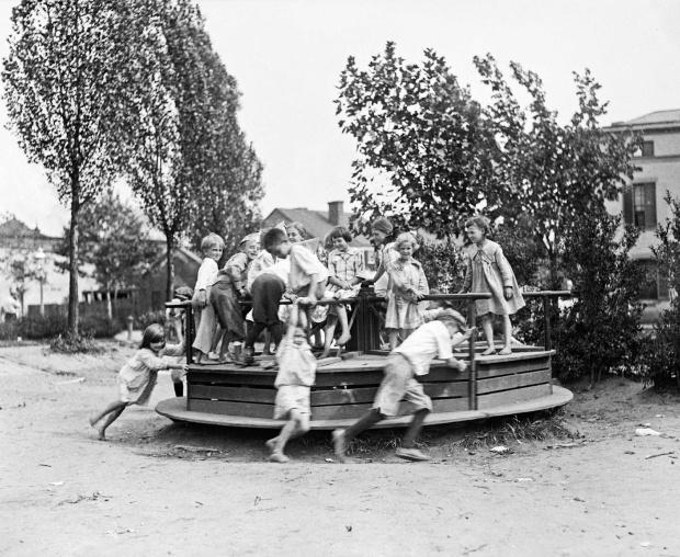 roundabout 1918-20